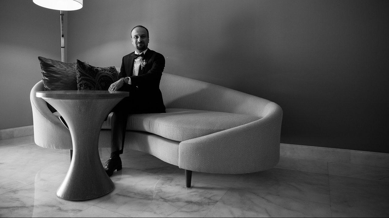 binnen zwart wit bank sofa tafel
